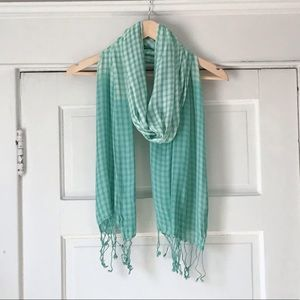 🌱Green Gingham Scarf from the Gap